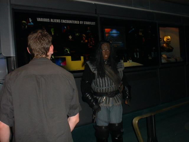 IB at the Star Wars Experience speaking Klingon