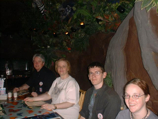 MGM Rain Forest Cafe. Marty, WrydLady, Idiot Boy, Elle.